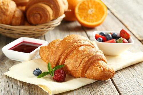 Croissant máslové pečivo