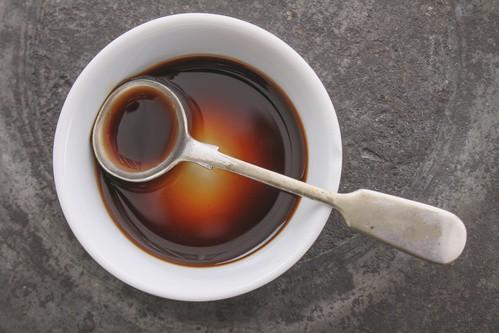 Worcesterová omáčka patří mezi oblíbená tekutá koření