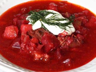 Ruská kuchyně je velmi pestrá. Ovlivnily ji různé tradice i multikulturní složení obyvatelstva