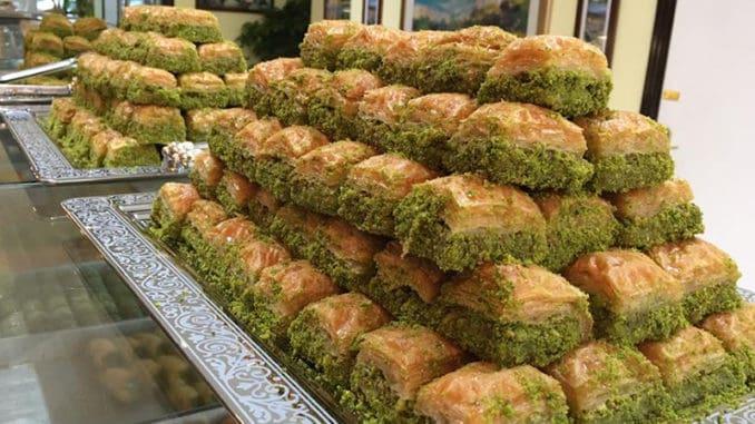 Tureckou kuchyni netvoří pouze kebab. V Anatolii lze ochutnat i mnohé další dobroty