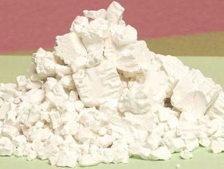 Kuzu: škrob pocházející až ze 100kg kořene. Pomáhá trávení i při vysokém krevním tlaku