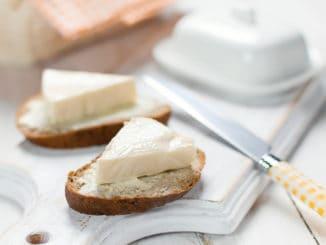 Tavené sýry nemusí být nekvalitní. Přesto jsou dosti problematické