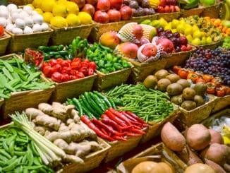 Koronavirus může žít na ovoci a zelenině. Není však důvod k panice