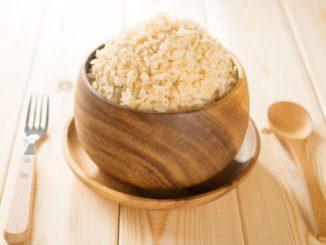 Hnědá rýže je nutričně výrazně hodnotnější než bílá