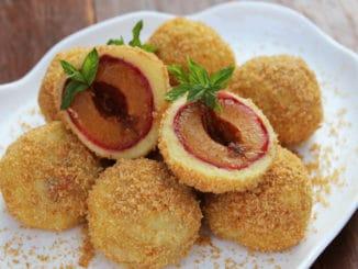 Tradiční ovocné knedlíky mohou být chutné i zdravé