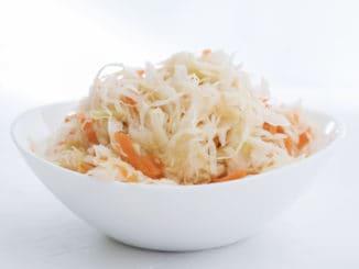 Kvašená zelenina (pickles): výtečná zásobárna vitamínu C a probiotik