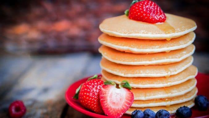 Agávový sirup je 2× sladší než med a cukr. Stále ale může jít o zdravé sladidlo