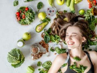 Hubnutí s pomocí jarních potravin: Oddejte se svěžím chutím a shoďte u toho nějaké to kilo
