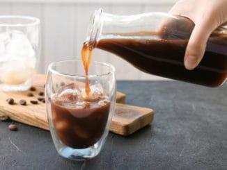 Jak si připravit tu nejlepší ledovou kávu v pohodlí domova