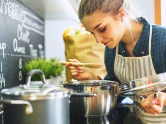 Jak se naučit vařit? Tyto základní dovednosti vám pomohou se v kuchyni rychle zorientovat