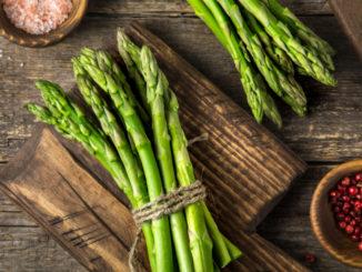 Chřest: Potravina, která zatočí s kocovinou a chutná skvěle. Prozradíme vám, jak si ji připravit