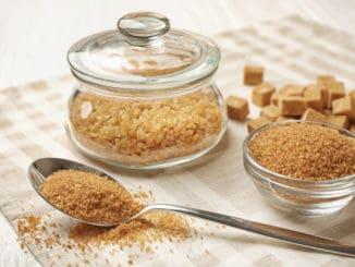 Jak si doma vyrobit hnědý cukr? Prozradíme vám to
