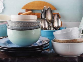 Naučte se pečovat o keramické nádobí. Tyto věci nejspíš děláte špatně