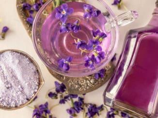 Sirup z fialek: Osvěžující letní drink, který posílí vaši imunitu