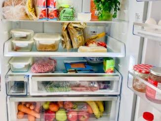 Jak dlouho v lednici (ne)uchovávat zbytky? Prozradíme, co je pro vaše zdraví ještě vhodné