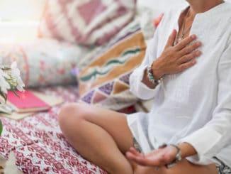 Konzumace masa může mít negativní vliv na meditaci. Vysvětlíme jak